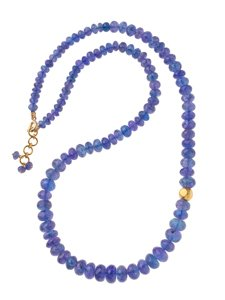 Our Vasant jewelry collection lets each woman who wears Vasant express her natural beauty.