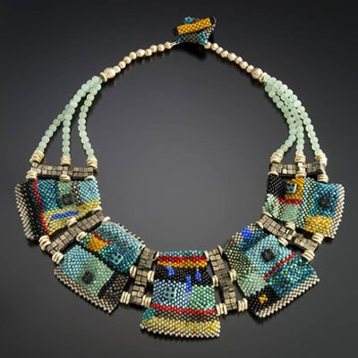 You'll find style, beauty, and one-of-a-kind masterpieces with Robert Goodman's jewelry designers and their collections.