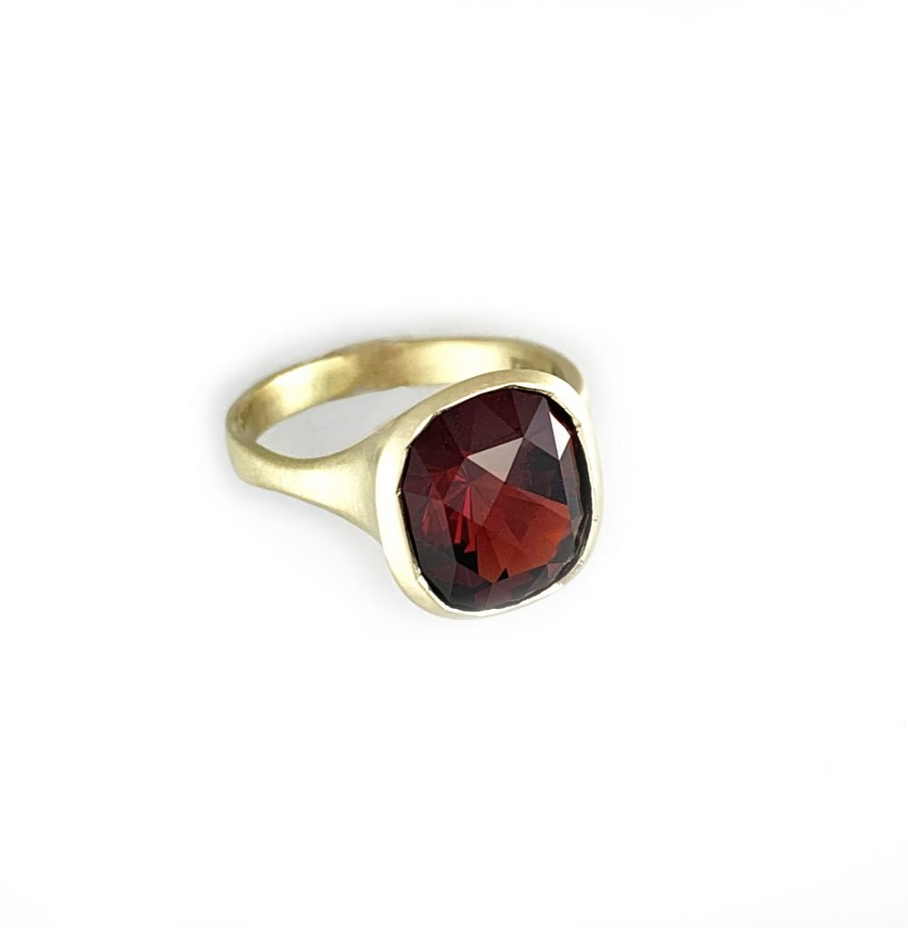 Anza gold and ruby ring